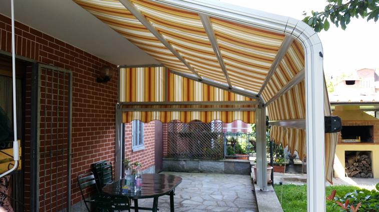 Tenda da sole modello a capanno tambone tende - Tende impermeabili da esterno ...